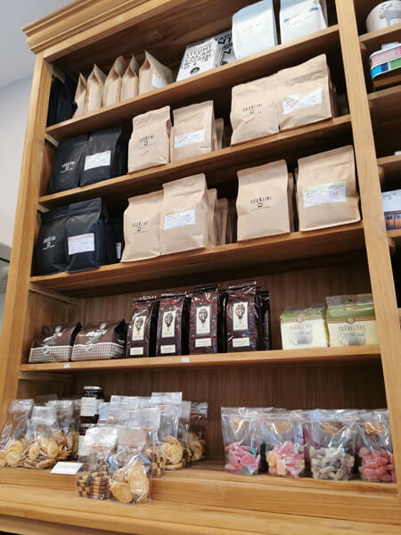 Agostini koffie - Hoorens koffie, suikervrije pralines en koekjes