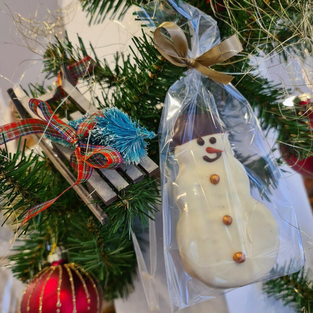 Sneeuwman in speculaas en witte chocolade